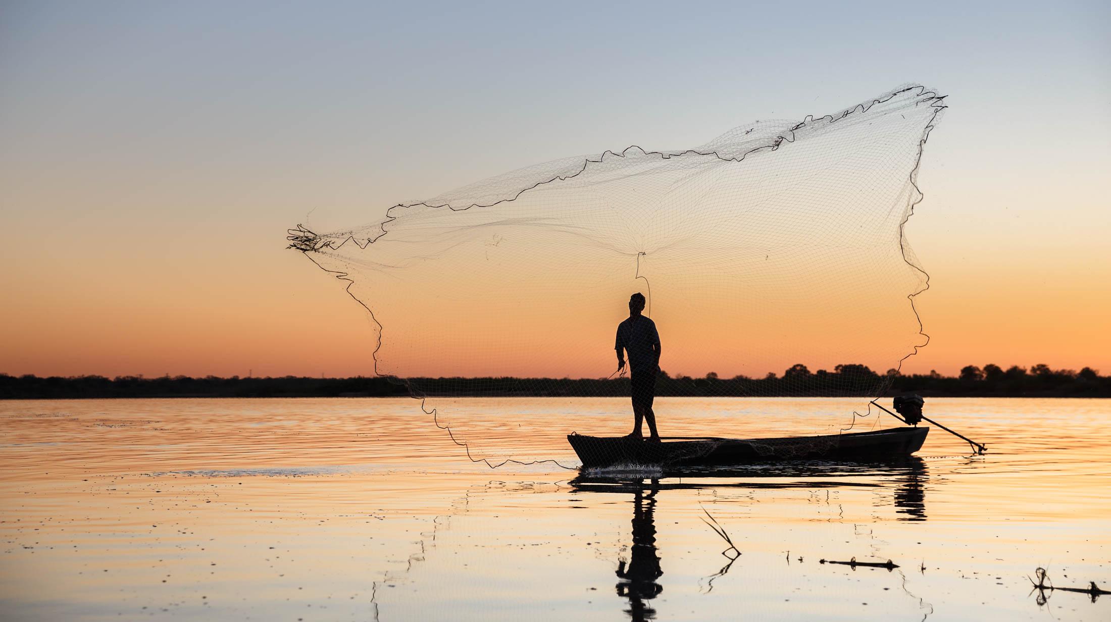 pescador no rio são Francisco