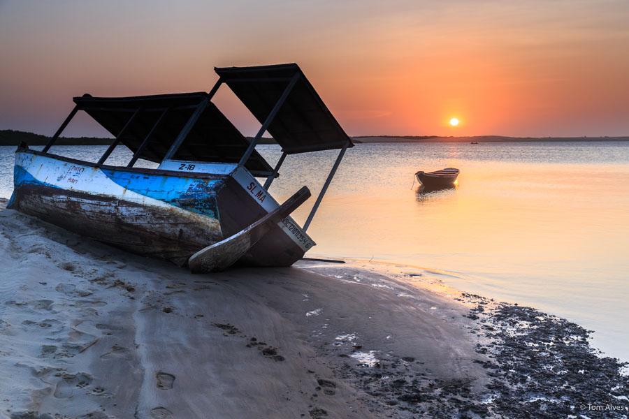 caburé maranhão barco por do sol