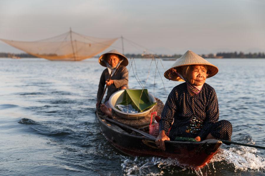 pescadoras vietnã mulheres barco