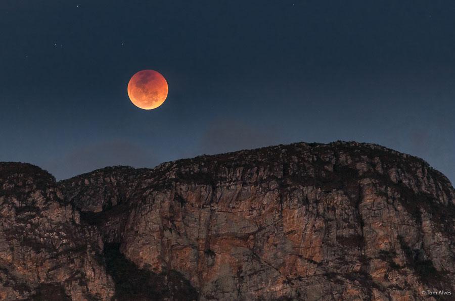 eclipse - lua de sangue